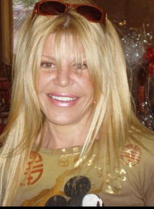 Debbie Nodelman
